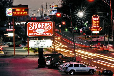 Project targets younger demographic for Shoney's