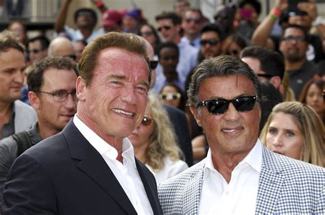 """""""To me you are the best"""": Schwarzenegger tröstet Stallone"""