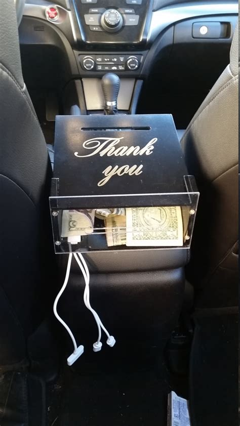 The Etiquette of Tipping in the Rideshare Economy – Dot